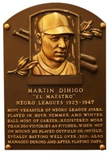 Martín Dihigo pertenece a los salones de la fama de Cuba, México, Venezuela y Estados Unidos. En la foto su placa de Cooperstown