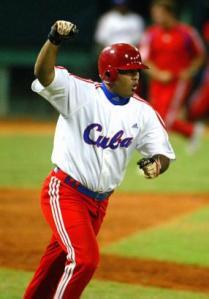 Kendry Morales con el Cuba