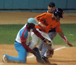 Adonis García es un tercera base con porvenir