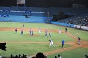 Estadio Latinoamericano. Juego Nocturno.