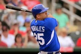 Kendrys Morales llegó a las 100